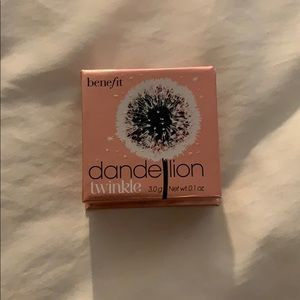 New Benefit Dandelion Twinkle Highlight